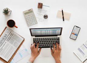 Find den billigste revisor til din PR virksomhed